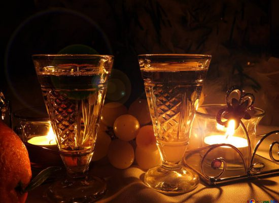 Free picture (Dinner by candlelight) from https://torange.biz/dinner-candlelight-15177