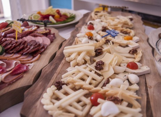 cheese-plate-583435_960_720